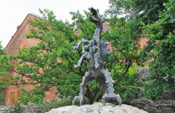 WAWEL DRAGON - If you believe the legend, the Wawel Dragon in Smocza Jama once had a terrible Wawel Dragon, which t