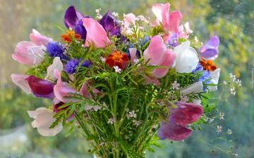 bouquet of flowers - Beautiful floral composition. A person who makes bouquets is called a florist. A bouquet of flowers