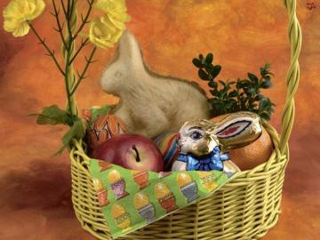 Easter atmosphere - basket with Saint