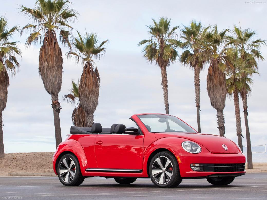 Red cabriolet - Vehicles: red cabriolet (7×7)