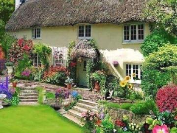 A beautiful house with a garde - House with garden, dogs
