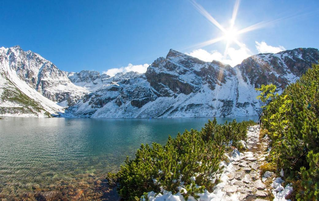 Winter in the Tatras - A route over the Sea Eye