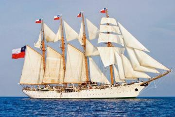 Esmeralda - Chilean Navy Training Ship - Esmeralda is a steel-hulled four-masted barquentine tall ship owned by the Chilean Navy.  The White