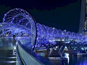 The most beautiful bridge in the world - The most beautiful bridge in the world