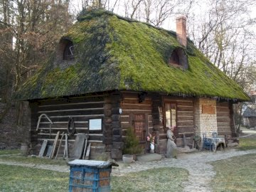 Old cottage - picture from Kazimierz Dolny on the Vistula
